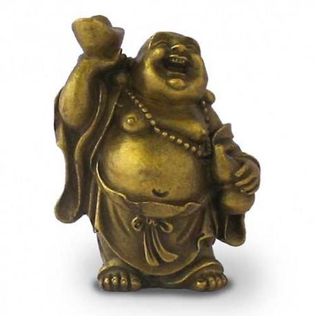 Bouddha Rieur debout portant un collier et tenant le lingot d'or.