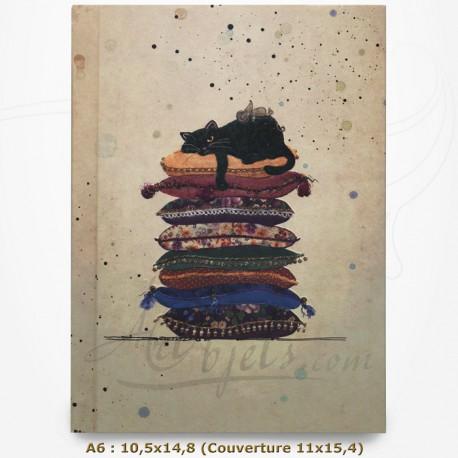 Carnet - BUG ART - Chat sur des coussins 10,5x14,8