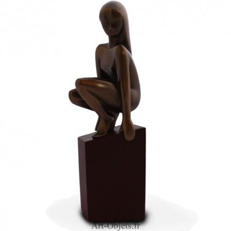 Statuette Femme, Agile de la Collection Symphonie