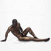 Body Talk - Homme nu Assis, Main au sol