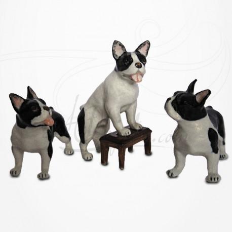 Figurine Miniature - 3 Chiens - Race Bulldog - Porcelaine