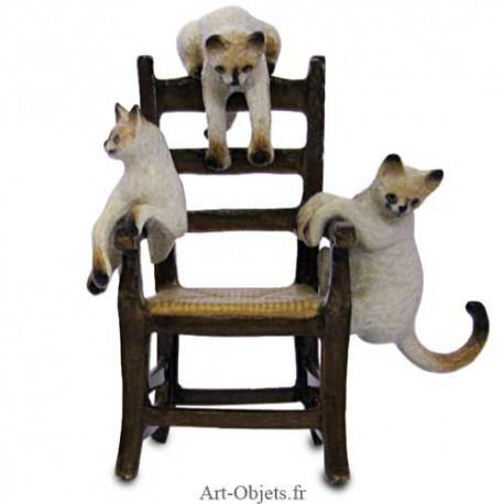 Figurine Miniature - 3 Chats sur fauteuil - Porcelaine