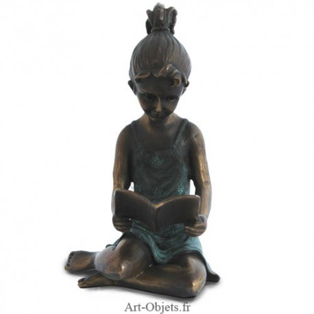 Statue Jeune Fille lisant