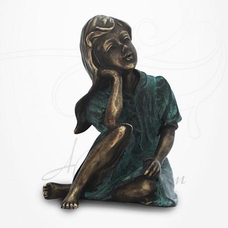 Statue Jeune Fille assise